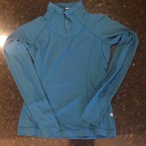 Quarter zip lululemon long sleeved shirt